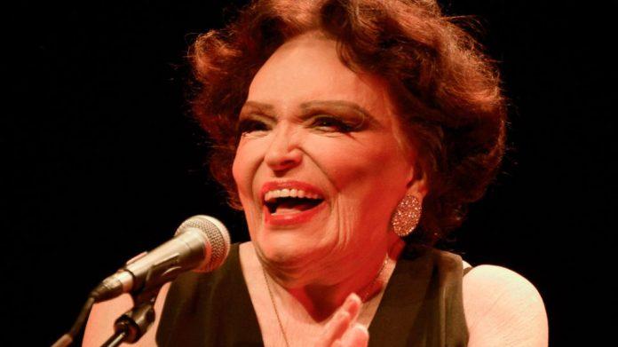 Faleceu Bibi Ferreira, aos 96 anos