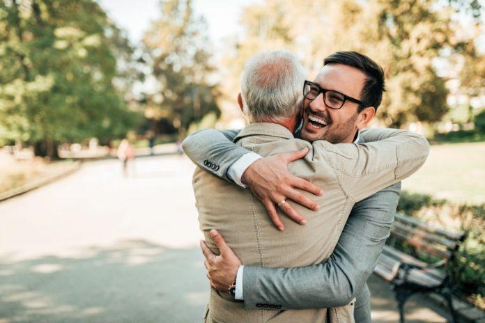 Abraço – 6 motivos para abraçar mais