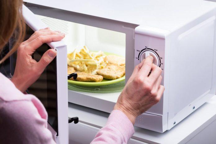 Forno de Micro-ondas – Cuidados básicos de segurança
