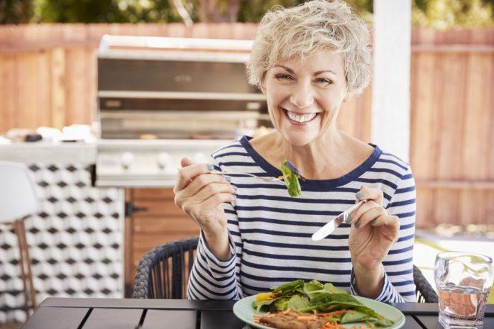 Terceira idade - Dicas alimentares para envelhecer com saúde