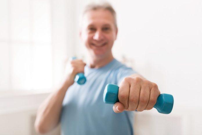 Exercícios para a Terceira idade fazer em casa