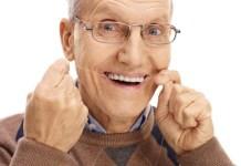 Os dentes na Terceira Idade – Cuidados importantes