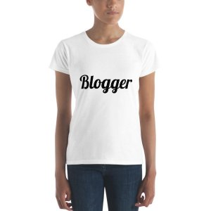White short sleeve Blogger t-shirt mockup 44b03159