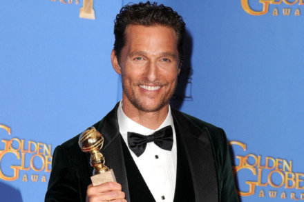 https://i2.wp.com/www.femalefirst.co.uk/image-library/land/440/m/matthew-mcconaughey-golden-globes---wi01-14.jpg