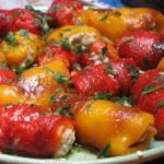 Rotolini di peperoni ripieni di manzo e fontina