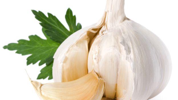 l'aglio proprietà e benefici