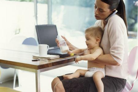 Fine del congedo per maternità: come vivere il rientro a lavoro con serenità