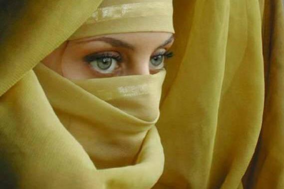 Donne musulmane in italia tra stereotipi ed emarginazione - Perche le donne musulmane portano il velo ...