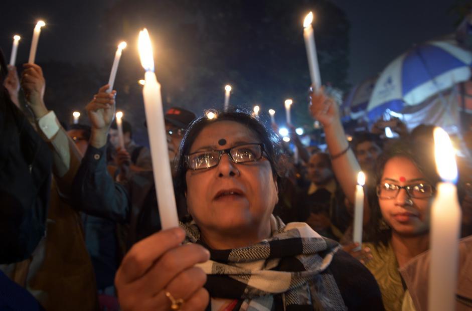 Femminicidio in India, arsa viva da tre uomini
