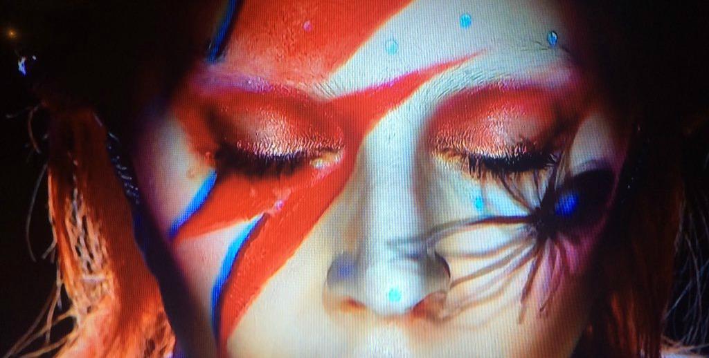 Grammy: Il tributo di Lady Gaga a David Bowie