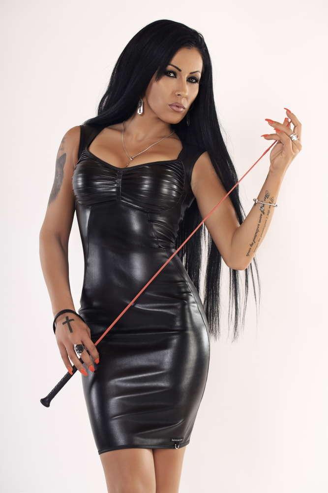 Mistress Kennya Romania International FemDom Ball