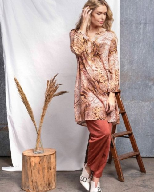 Femeia Fashion In Front Soffi kevät 2020
