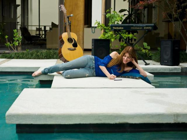 Andrea Lafert de  nuevo en la Argentina con el  premio Fox Music USA