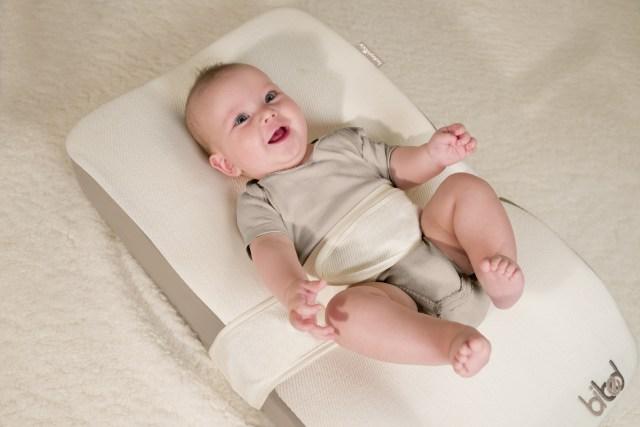 BIBED DE BABYMOOV  La manera ideal de acostar al recién nacido