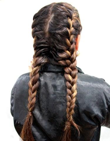 Esther-Palma-Comunicacion-trenza-boxeadora-boxer-braid-Alma-Luzon-estilista-capilar-peluqueria-Madrid (5)