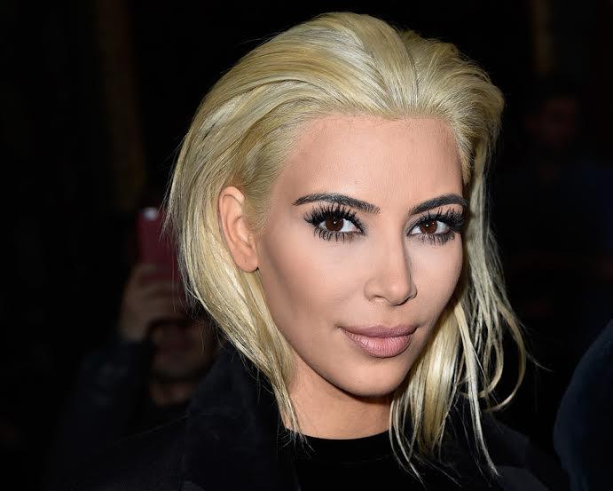 Valeria Costa, experta estilista, analiza el cambio de look de Kim Kardashian