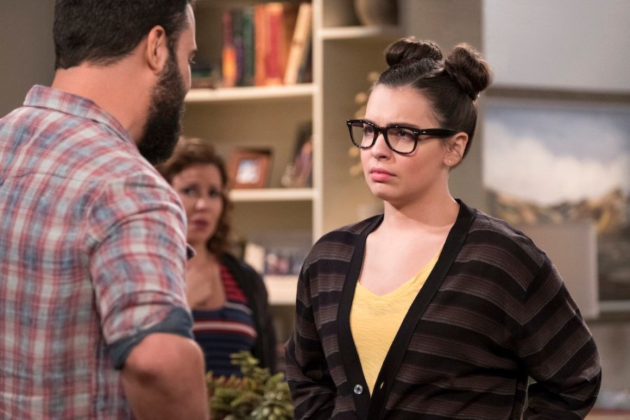 one day at a time review season 3