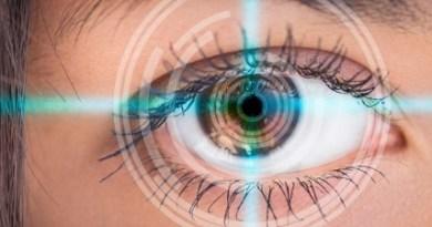 Ptosis - movimiento ocular limitado hacia arriba - ausencia del punto lagrimal