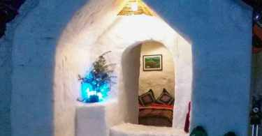 Igloo stay in Manali