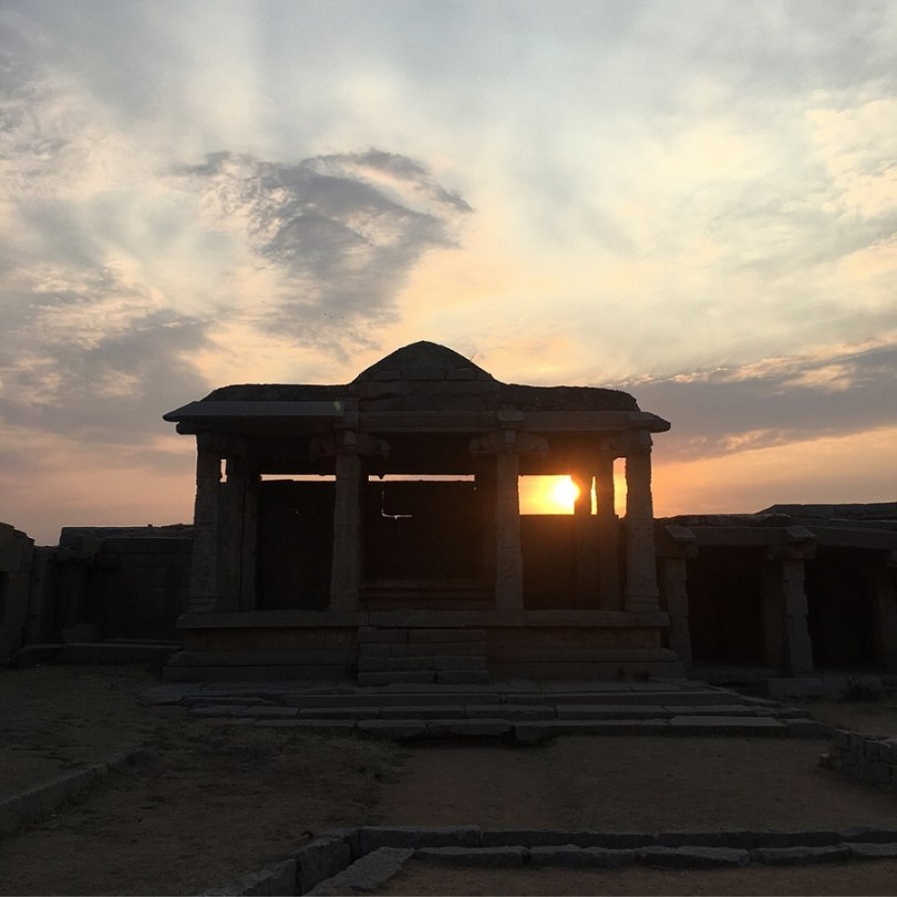 Sunset in Hampi - India travel blog