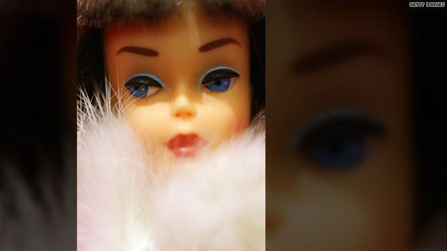 Socialite doll