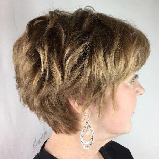 10 coiffures courtes chics et simples