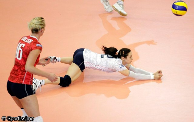 Equipe de France Féminine de Volley - Deborah Ortschitt