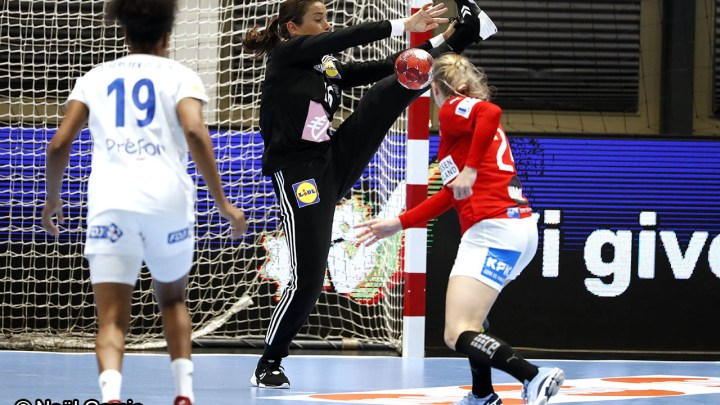 Cléopâtre Darleux - Equipe de France féminine de Handball - Handball Féminin - Sport Féminin - Femmes de Sport