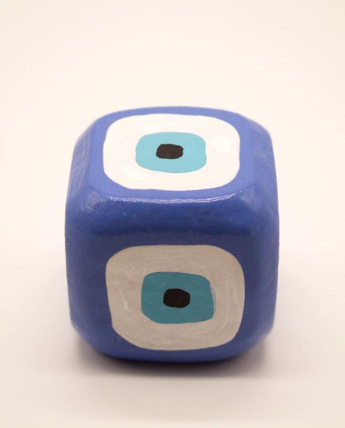 Κύβος ματάκι ξύλινος χειροποίητος 8.5 cm x 8.5 cm x 8.5 cm λουλακί