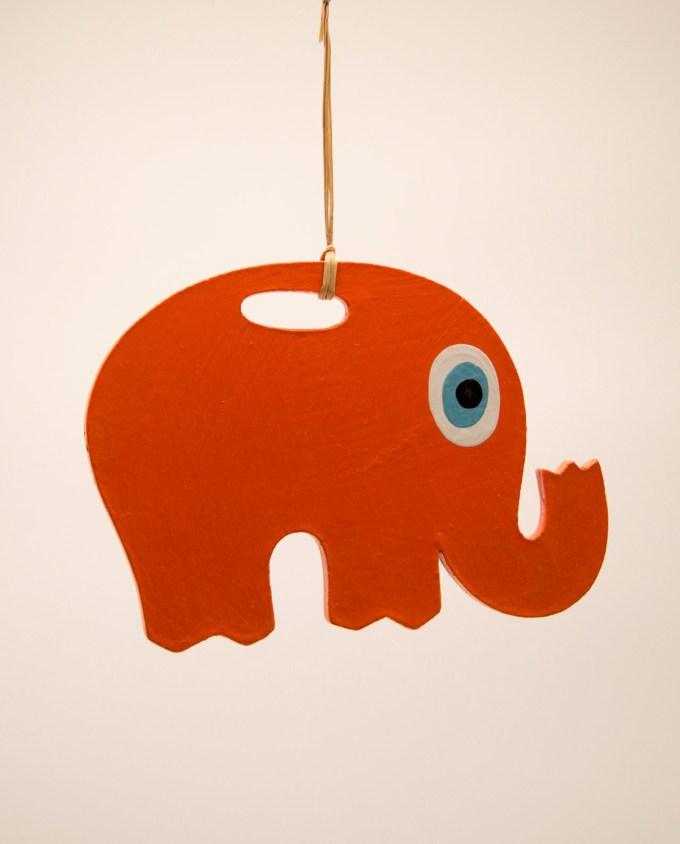 Ελέφαντας ματάκι ξύλινος χειροποίητος μήκος 18 cm πορτοκαλί