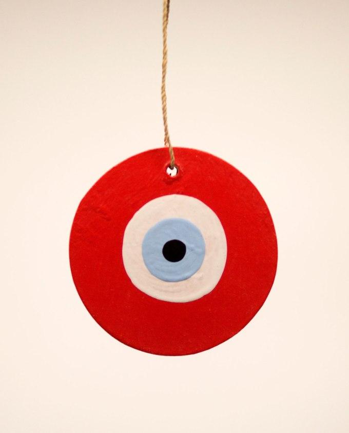 Ματάκι ξύλινο χειροποίητο διαμέτρου 8 cm κόκκινο