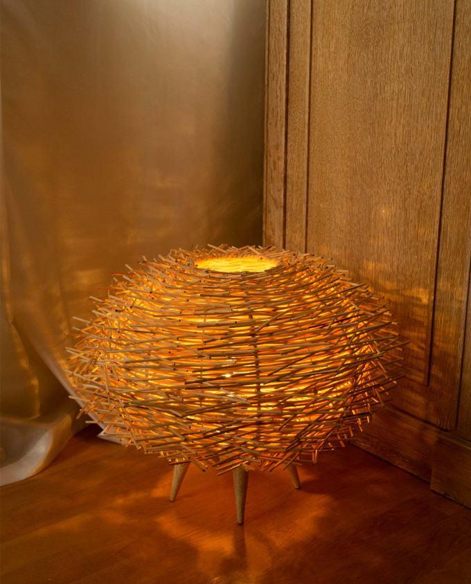 """Φωτιστικό επιδαπέδιο Ρατταν φυσικό """"Αχινός"""" διαμέτρου 50 cm"""