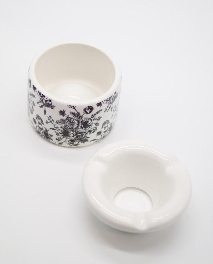 Ashtray Ceramic Black Roses Diameter 10 cm I