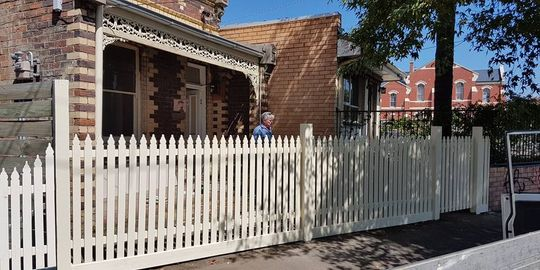 fencing contractors melbourne northern suburbs