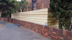 Fencing Contractors Watsonia North