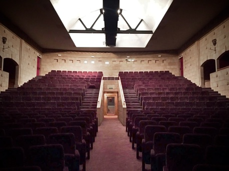Cinema Teatro Compagnia a Firenze
