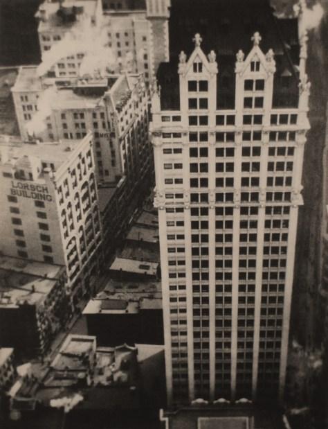 The Thousand Windows, Liberty Tower [Las mil ventanas, Liberty Tower], 1912