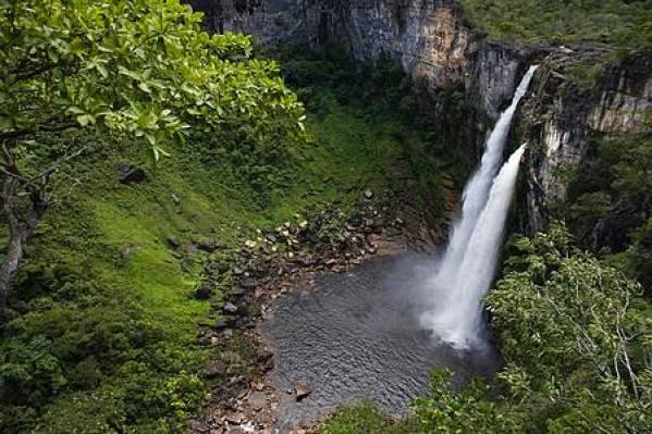 Cachoeira Saltos do rio Preto, Alto Paraíso de Goiás - Férias Brasil