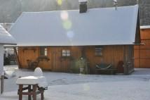 Winterstimmung vor dem Haus