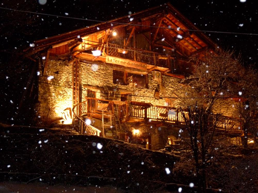PHOTOS CHALET HOTES Seez Bourg Saint Maurice La Ferme
