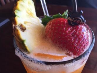 Maui Hawaii - Lahania - Hard Rock Cafe mein Cocktail