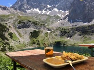 Coburger Hütte - Drachensee und Verköstigung