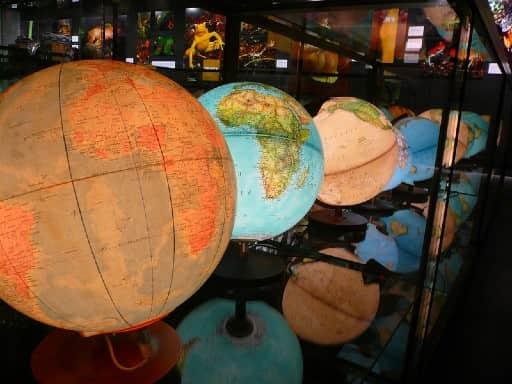 カジ旅は海外で運営されている