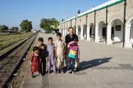 ... spielende Kinder in Taxila, die viel Freude hatten, fotografiert zu werden...