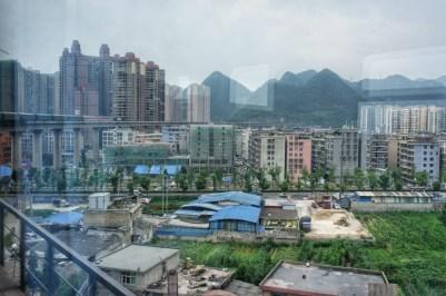 """Die gewöhnlichen chinesischen Städte sind alle andere als schön. Liupanshui (Guizhou-Provinz) findet bei mir in der Kategorie """"Hässlichste Städte der Welt"""" einen Platz"""