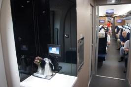 Auch das Interior im Wagenübergang zur 2. Klasse kann sich sehen lassen