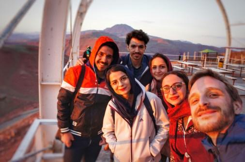 Mit Hossein, Mehrzad, Fatemeh, Niloofar und Nazila.