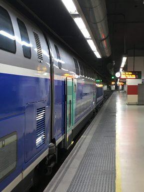 Gerade noch geschafft: der TGV von Barcelona nach Paris