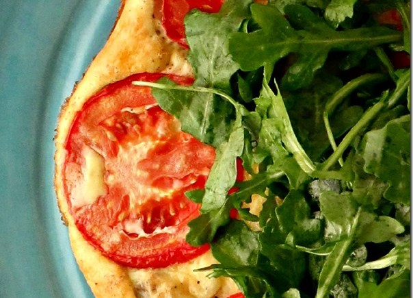 Crazy Easy Crustless Quiche with Arugula Salad {as seen on