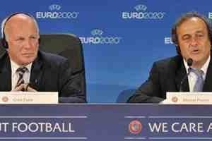 إنجلترا تطالب بانسحاب 10 دول كبرى من مونديال روسيا لإسقاط بلاتر